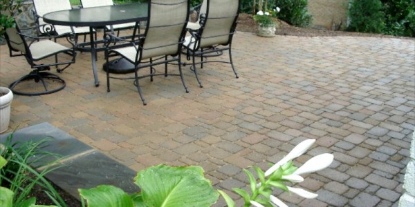 Paver patio in McLean.