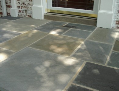 Flagstone landing in North Arlington.