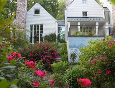 Landscape plant design in McLean Virginia
