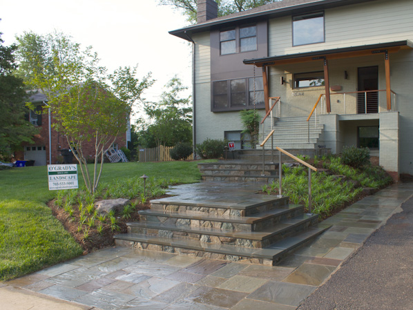 North Arlington Landscape & Flagstone Walkway