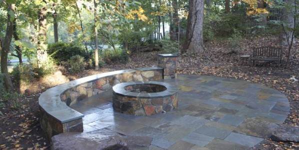 The Benefits to Having An Autumn Fire Pit Installation For Your Northern Virginia Home