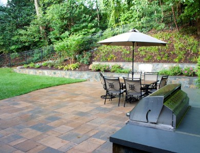 Paver Patio and Stone Wall