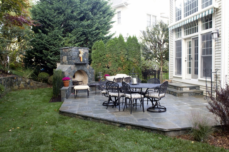 Learn More - 21 Eye-Catching Flagstone Patio Design Ideas