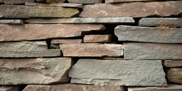 Landscaping in Northern Virginia with Dry Stacked Walls