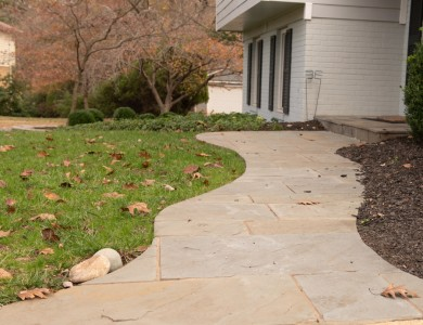 Landscaper in Vienna, VA Flagstone front Walkway Design and Installation