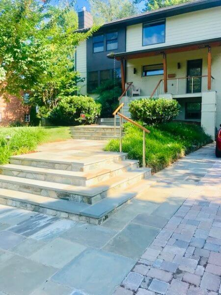 Hardscape driveway and walkway in Arlington, VA