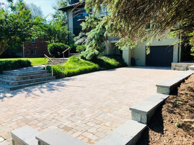 Hardscape driveway and walkway design